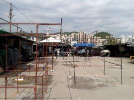 flea market, Tuzla, 2014 © trashbus/Renata Britvec, 2014