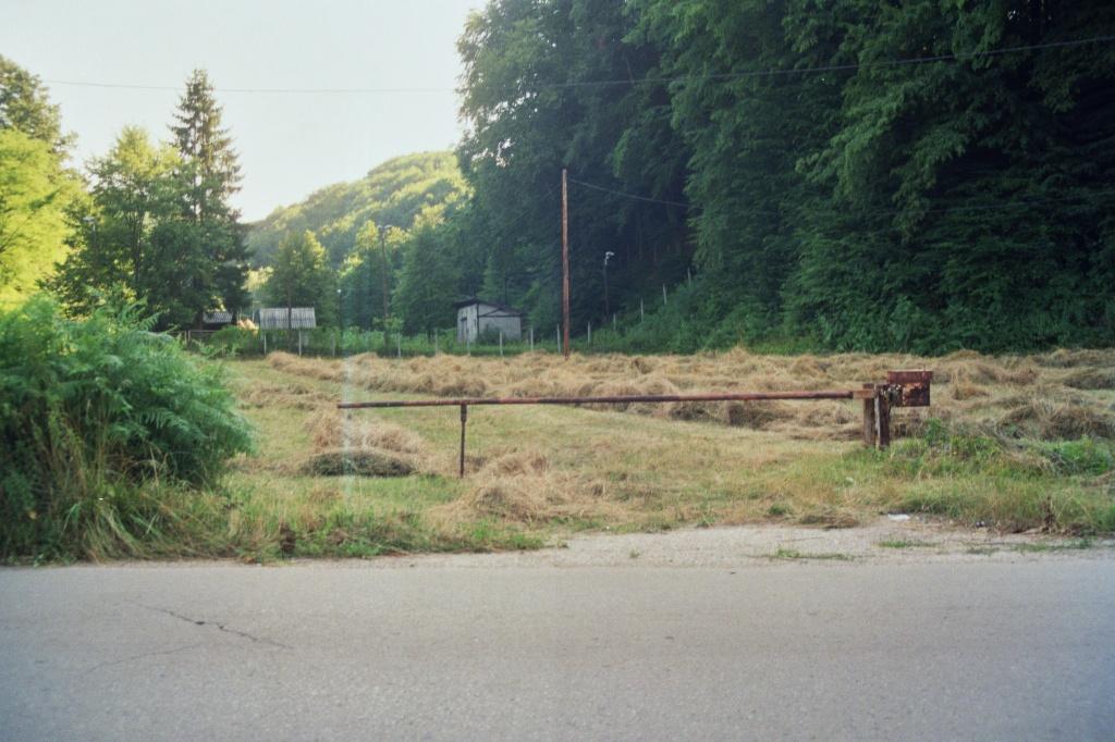 Bosnia. Lipnica. Barrier. © trashbus, 2016