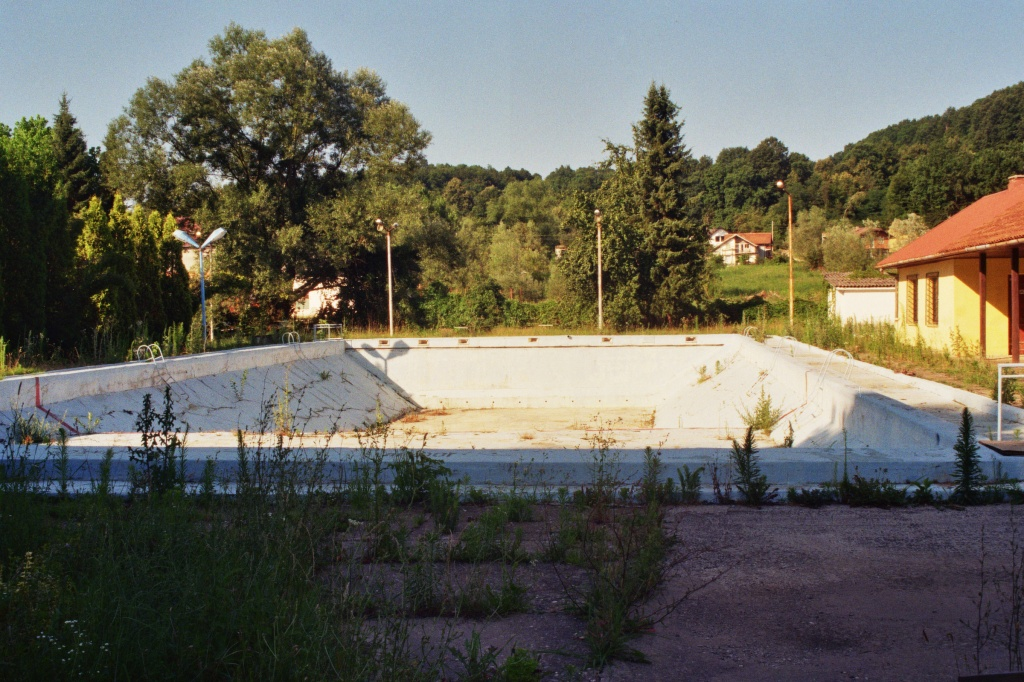 Bosnia. Lipnica. Swimming Pool. © trashbus, 2016
