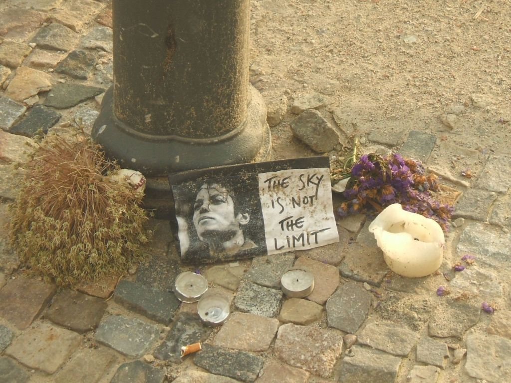 Memorial Site. Summer is a Ghost from the Past. Berlin, Germany. 2009. © Trashbus ǀ Renata Britvec