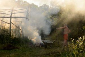 Fire III. Summer. Short Hellos & Long Goodbyes. LipnicaTuzla, BiH. 2017 © Trashbus ǀ Renata Britvec
