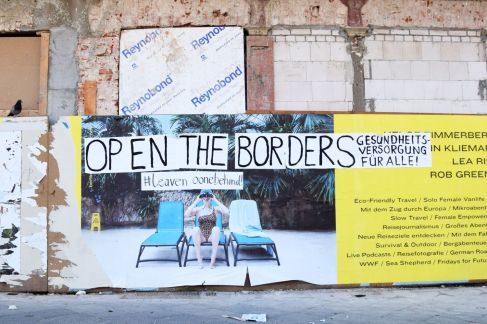 Open Borders. Left Behind. Berlin, 2020. © Trashbus ǀ Renata Britvec