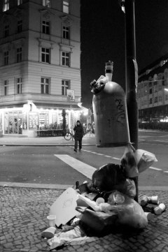 Abundant Trash. Ghost Night. Berlin, 2020. © Trashbus ǀ Renata Britvec